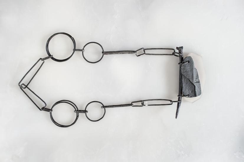 Ferro cotto, ardesia, onice, object trouvè