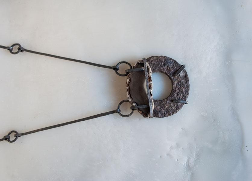 Ferro cotto, agata, object trouvè
